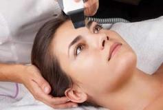 بازسازی پوست از طریق لیزرتراپی