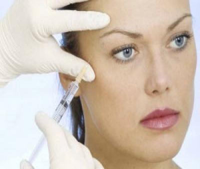 تزریق بوتاکس در آرایشگاه خطر دارد