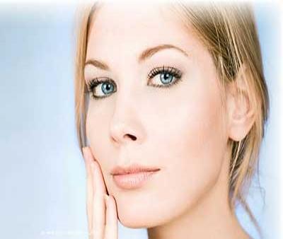 چگونه پوست صورت خود را روشن کنیم؟
